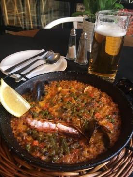 meat & seafood paella
